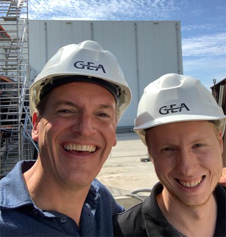 Boors (links) en Daniel (rechts) bij GEA